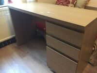 Oak veneer 3 drawer desk