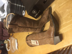 Brand New Ariat Heritage X toe Cowboy boots