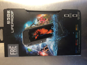 iPhone 5 waterproof cellphone case with built in screen cover
