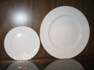Royal Albert Val D'Or Dinner and Salad Plate Set