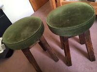 Traditional pub table bar stools