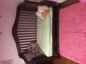 Cappuccino baby crib 3 in 1