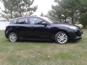 2012 Mazda3 sport hatchback safety checked excellent condition