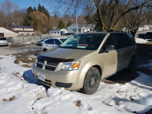 Dodge Grand Caravan Low km