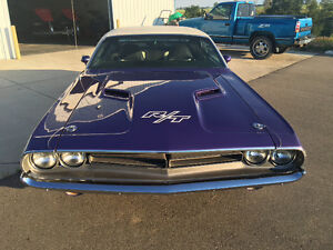 '71 Challenger R/T Car