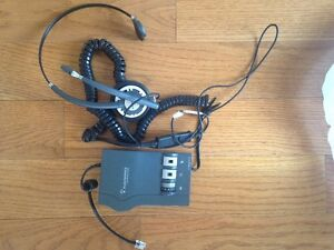 Plantronics Vista M22 Headset Amplifier with headset HW291N