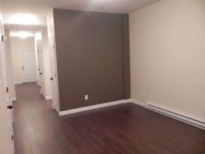 3 Bedrooms apartment for rent!! CLOSE TO UdeM!!!
