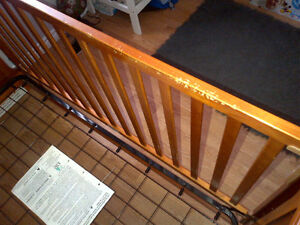 Graco 3-in-1 Crib (Crib, Daybed, full single) and Dresser Set Cambridge Kitchener Area image 4