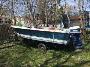 Evinrude boat in mint condition! 70 HP