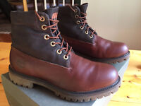 Timberlan boots Men's - size 8.5 - great conditions