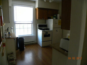 3 plus 1 Bedroom in Core Area London Ontario image 2
