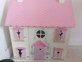Wooden playhouse with many accessories!