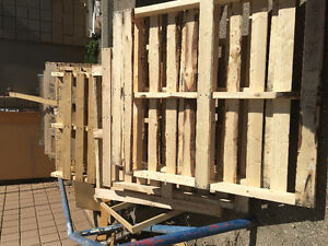 Free pallets at Oaksmith interiors ;819-2 Nd Ave north