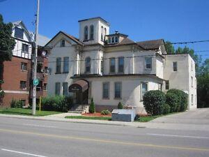 IMMEDIATELY - Bachelor at 44 Weber St., W., Kit