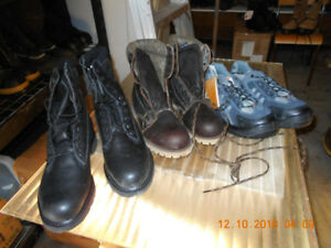 NEW MEN'S SIZE 9 SAFETY CSA STEEL TOE WORK BOOTS + SHOES $60