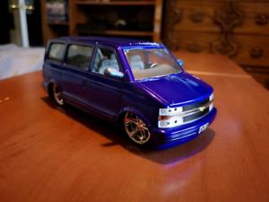 1/24 scale Chevrolet Astro