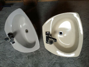 Bathroom, Kitchen and Laundry Sinks with Faucets
