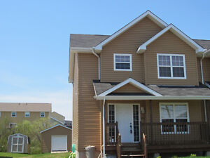 Nicely finished 2 storey semi-detached in Dieppe
