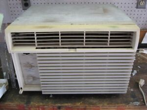 Beat the Heat this Summer!  Air Conditioner for Sale!