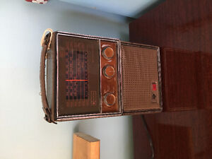 Vintage am/fam radio