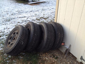 Winter Tires 235/70/R16