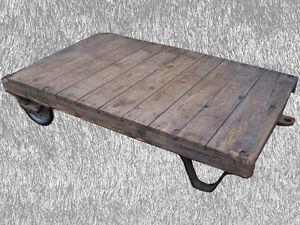 Alter Industriedesign Couchtisch SIZE M Art Deco Tisch Deichselwagen Rollpalette