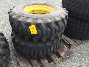 14-17.5 Tires for JD tractor
