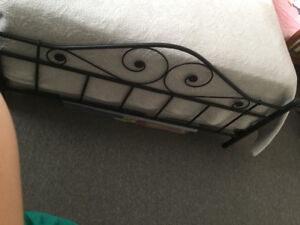 Bed frame in perfect condition