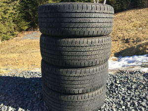 Four Good/Year 225/50R17 Summer Tires