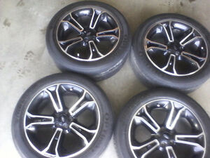 20 inch rims and floor mats.
