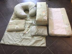 Jolly Jumper crib bedding