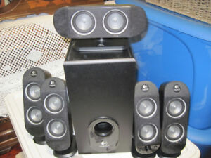 Logitecj X-530 Surround Sound System
