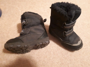 Size6 toddler boy winter boots
