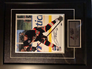 Signed Patrick Kane winter classic photo with frame