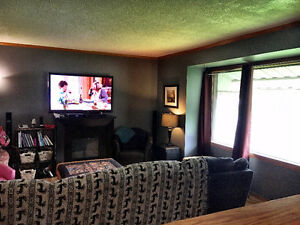 Warm, clean, affordable! 3br house, rent negotiable - Nov. 1!