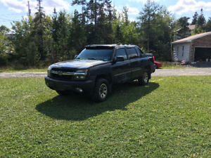 2003 Chevy avalanche 500$ firm