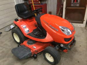 KUBOTA GR2100 LAWN TRACTOR FOR SALE