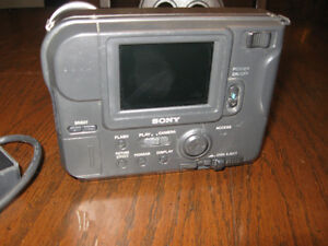 Classic Sony Digital Mavica Camera Windsor Region Ontario image 3