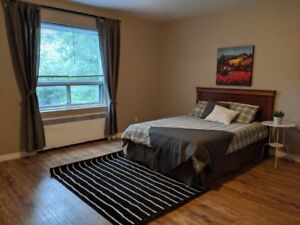 Perfect for Sharing ! Newly Renovated ! Minimum 4 months