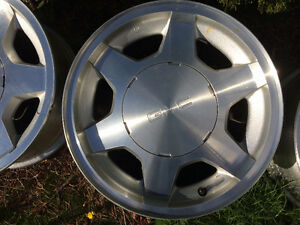 2003-2008 GM truck or SUV stock alloy 16 x 7 x 6 stud rims