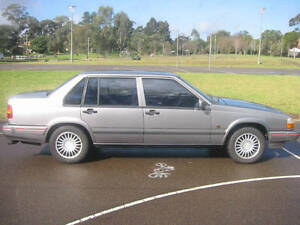 Wrecking Volvo 940 sedan Castle Hill The Hills District Preview