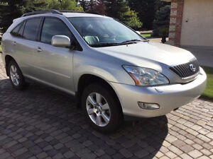 2005 Lexus RX 330 SUV ***Mint Condition***