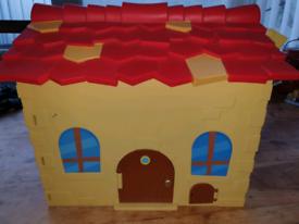Moshi Monster House