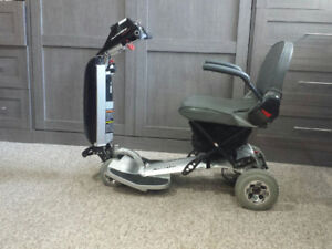 GO ANYWHERE MOBILITY SCOOTER /GOOD COND /NEW BATTERIES
