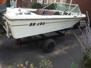 Grew boat with Trailer