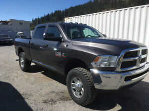 2014 Dodge Ram 2500 diesel 4x4 manual