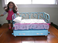 AMERICAN GIRL CURLICUE METAL TRUNDLE BED GENTLY USED