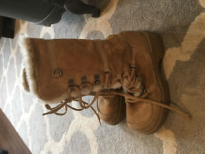 Size 8 women's boots