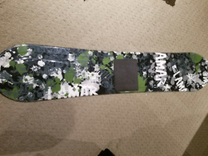 Lamar snowboard 104cm for 6 to 8 year olds