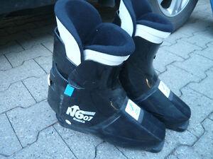 Men's Ski Boots - $20 - size 10/11